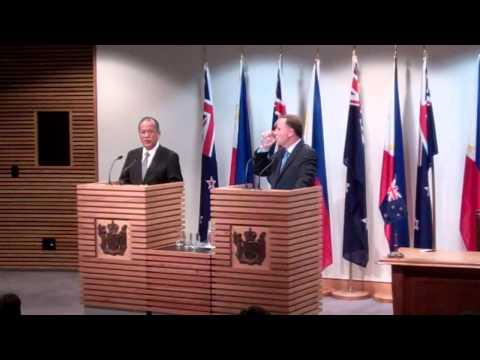 "Philippines President Benigno ""Noynoy"" Aquino III & New Zealand Prime Minister John Key and"