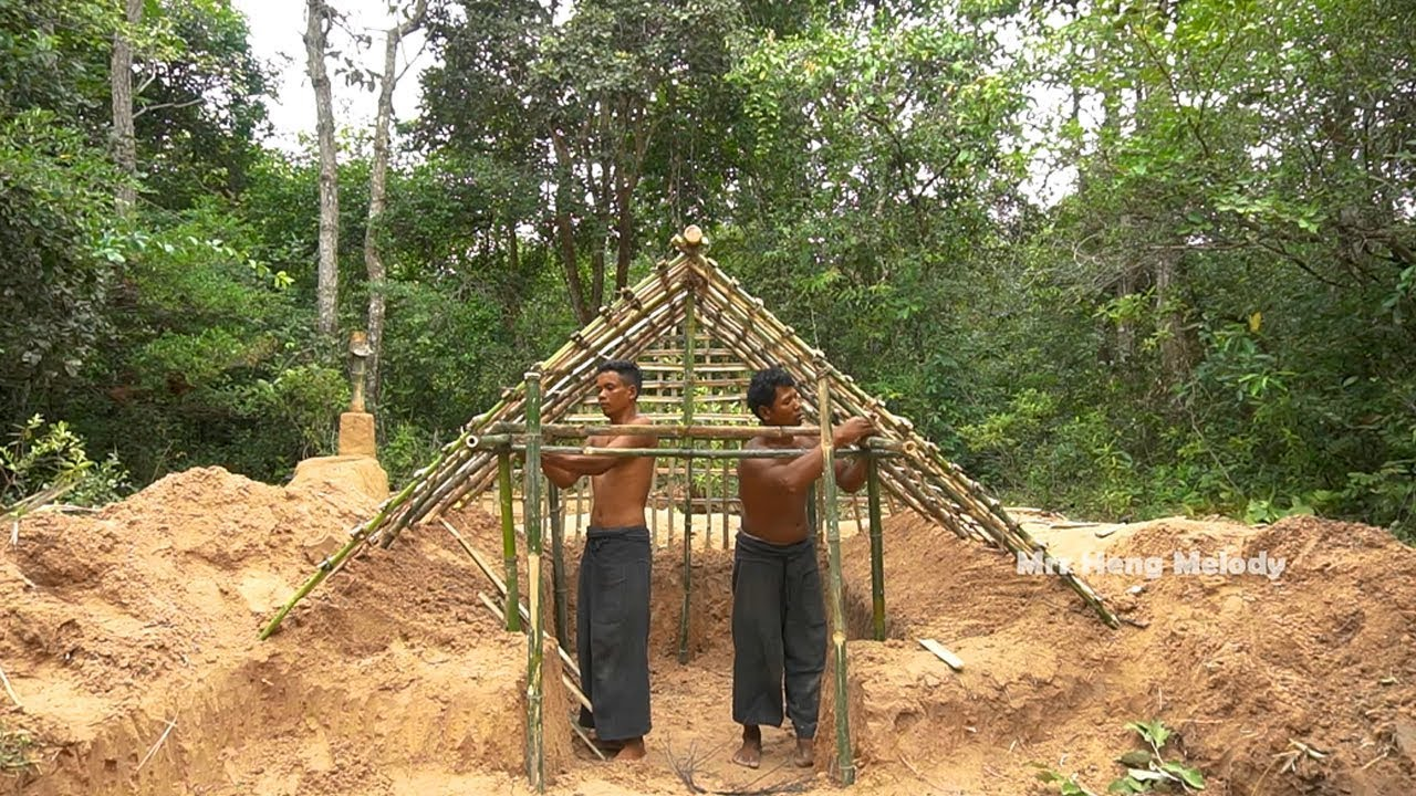 Upgrade Bamboo Palm Leaves Hut ,Building Underground Mud House Part 01