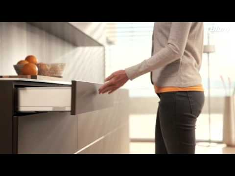 Blum Tip-On Blumotion Trailer - 3D Kitchens