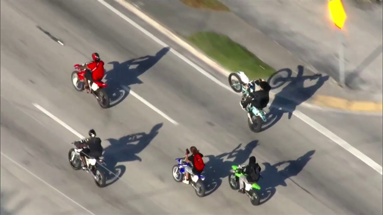 NO LAWS IN MIAMI: ILLEGAL Riders Take Over The Streets As Police Stand Idle - FOX 10 Phoenix