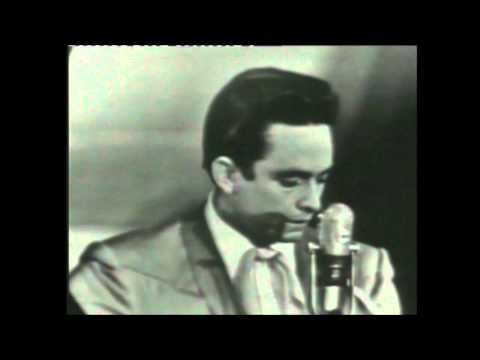 Johnny Cash (Live) - Don`t Take Your Guns To Town