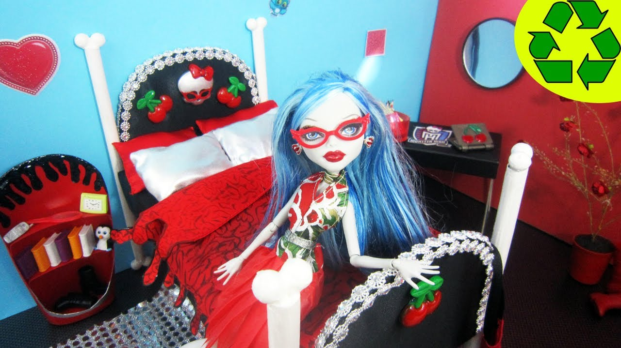 How To Make A Doll Bed For Ghoulia Yelps Recycling