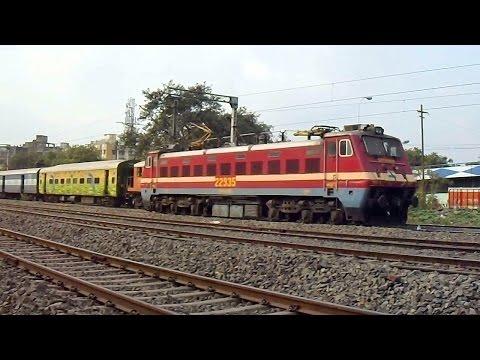 SRC WAP4 Departs Shalimar After Serving 22214 PNBE SHM Duronto Express