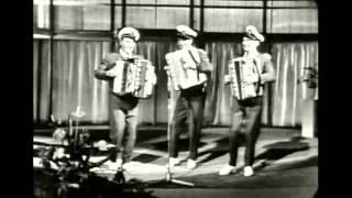 The Three Jacksons: Medley  Daar mag je alleen maar naar kijken
