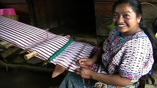 Splendor In The Highlands: Maya Weavers of Guatemala (English R1)