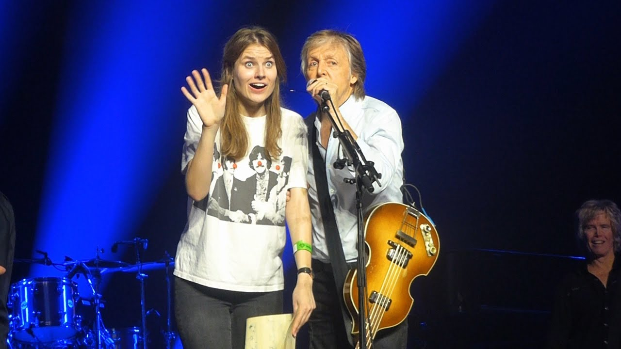 The Beatles Polska: O tym jak Ada z Suwałk znalazła się na scenie u Paula McCartneya