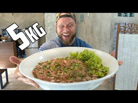 Download Youtube: MASSIVE 5kg (11lb) Pho Noodle Challenge!