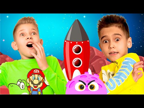 Pasha and Ilya tell kids story about invisibility cloak aliens