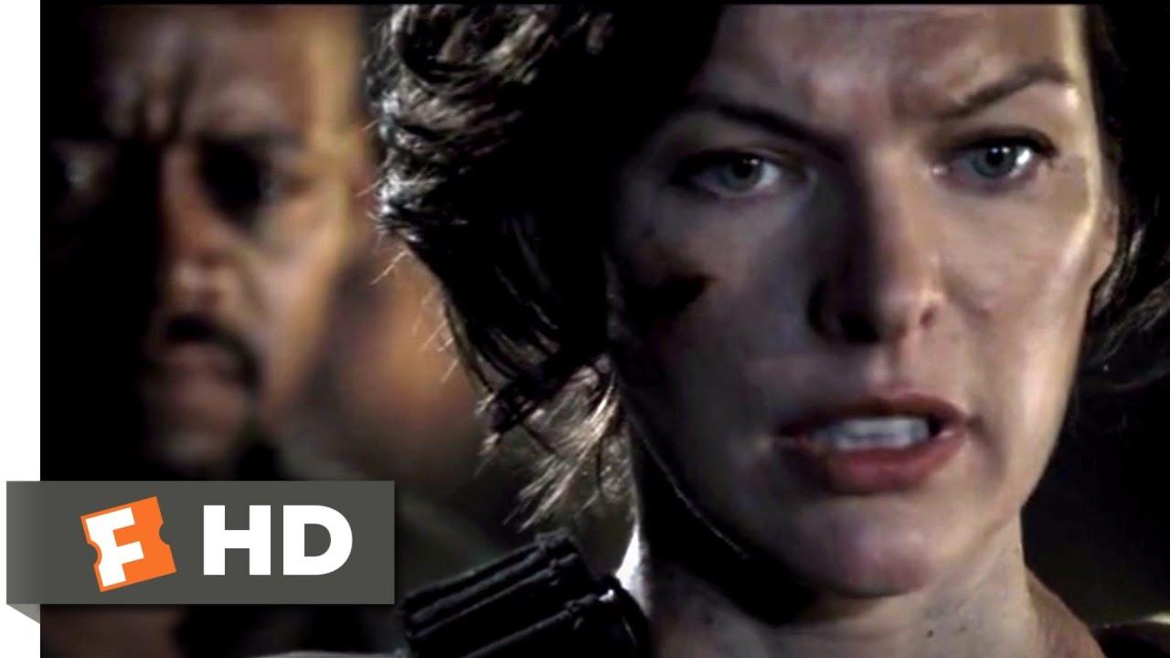Resident Evil The Final Chapter 2017 Defense Fortress Scene