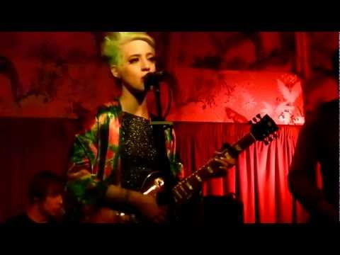 Beth Jeans Houghton - Your Holes live the Deaf Institute, Manchester 22-02-12