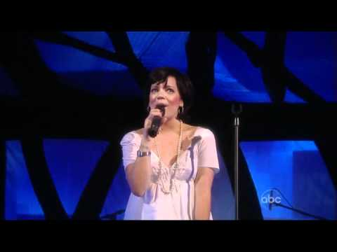 Lily Allen - The Fear (Live The View) [04.21.09]