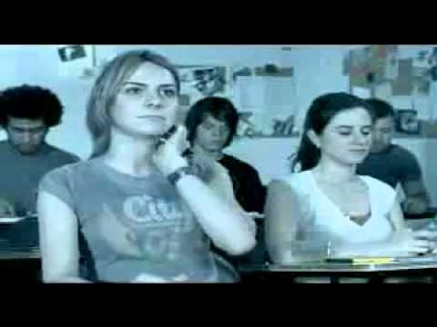 Garotas se masturbando na aula com o vibra call