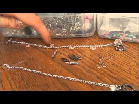 diy:-toggle-charm-bracelet-|-jewelry-making!-by-socraftastic