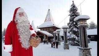 Village du Père Noël en Laponie avant Noël et message du Papá Noël en Finlande Rovaniemi