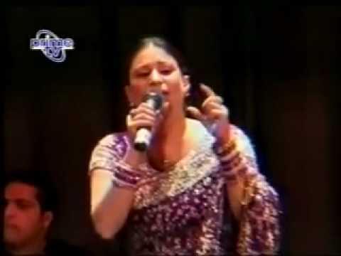 Mahi Aaway Ga Mein Phoolan Naal (Naseebo Lal) Live Song.flv