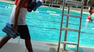 ЛЕТО в Канаде   Бассейн в Торонто   Урок плаванья   Swimming lesson   Жизнь в Канаде by Étoile Tube