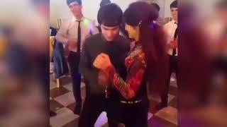 Таджикские школьники развлекаются \ Духтари точик шарманда