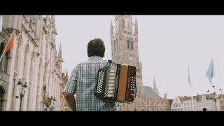 CELSO PIÑA - REINA DE CUMBIAS (OFICIAL HD)