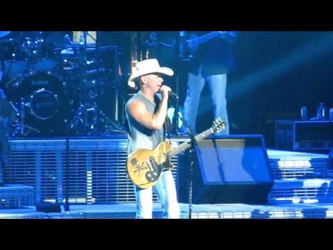 Kenny Chesney-Anything But Mine