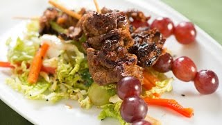 Korean Barbecue-spiced Flank Steak And Red Grape Skewers With Green Grape Slaw