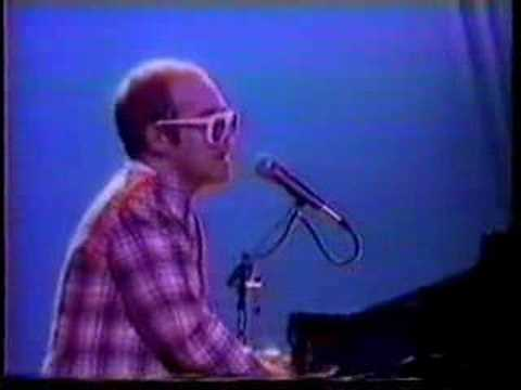 Elton John  Rocketman In Think It´s Gonna Be A Long Time