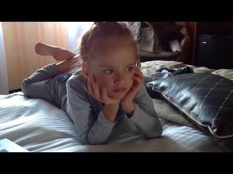 Euphoria Star On That Webcam Scene, Overcoming Fat