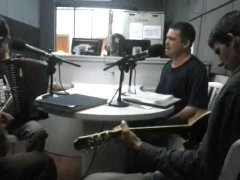 Apresentaçao Esteio da querencia na radio Najua!!!