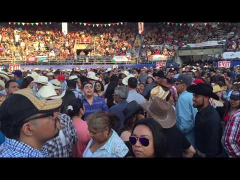 Popurri con Vaqueros Musical en La Feria de Nayarit 2016 en Pico Rivera