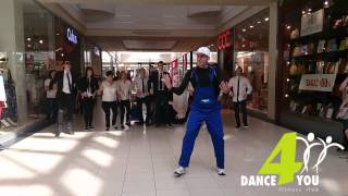 Dance4You FLASHMOB Plaza Sosnowiec Man In Black