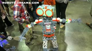 Maker Faire: Meccano Shows Off Two New Humanoid Robots