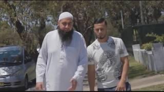 Болезнь – как подарок Аллаха | Ислам в Уфе™(Мухаммад Хоблос беседует с братом Али, у которого 4-ая стадия рака и который свою болезнь воспринял как..., 2015-11-25T12:12:45.000Z)