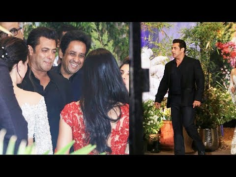 Salman Khan's Grand Entry At Sonam Kapoor's Wedding Party
