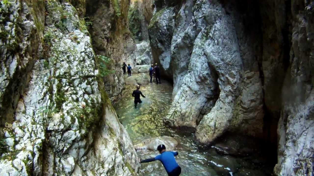 Montenegro canyoning - Nevidio - YouTube