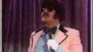 Andy Kaufman/Tony Clifton with muppets!