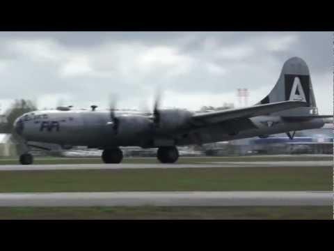 """The LAST flying B-29 Bomber """"FiFi"""""""