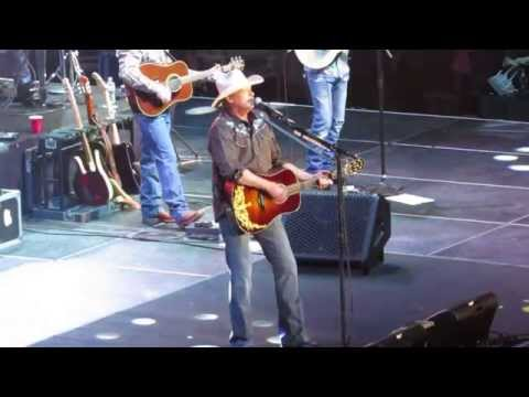 Alan Jackson 2015 - Drive (Live) Tampa FL
