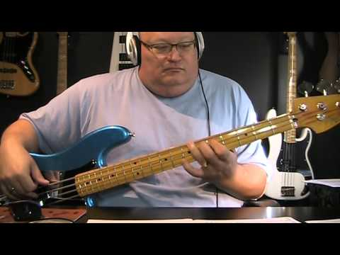 The Pogues featuring Kirsty MacColl - Fairytale of New York -  Bass Cover - with Notes & Tablature