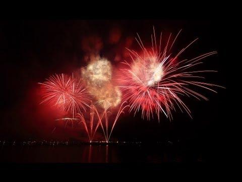 Multimedia Fireworks at Jinhae-Ru Pavilion (South Korea) 진해 군항제 멀티미디어 해상 불꽃쇼