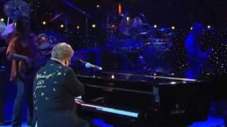 Download Elton John - Funeral for a Friend / Love Lies Bleeding