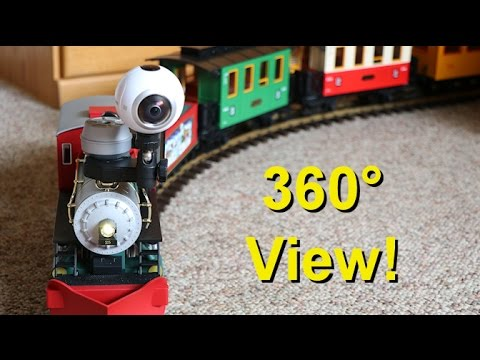 Big Model Trains in 360 Degree Virtual Reality