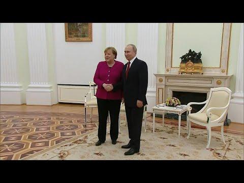 Merkel meets Putin