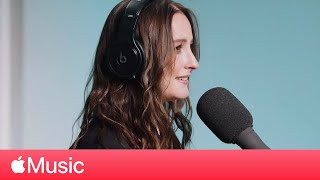 Gambar cover Banks: Answers Fan Questions | Apple Music