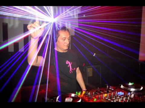 "DEJA VU ""Oldschool Mix"" by Mr. DJ Dario @ SIRUP Zagreb 3. 3 2012"