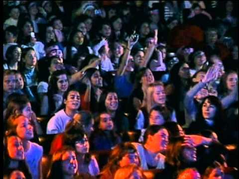13. Dos Ojos (Teen Angels - Gran Rex 2008)