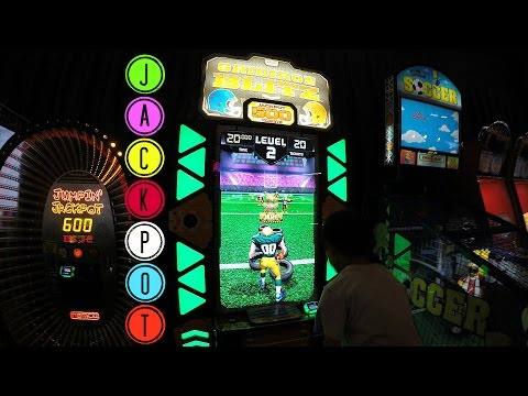 JACKPOT WIN! Gridiron Blitz Arcade Game Redemption: Doc, E.L. & Piper - 11 Year Hits Jackpot