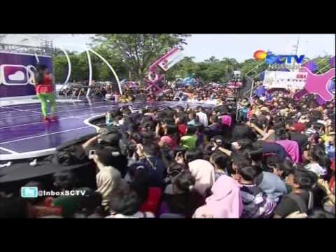 SITI BADRIAH Live At Inbox (07-12-2013) Courtesy SCTV