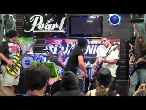 A Remnant Saved - The Unstereotypical live at TJ's (HD)