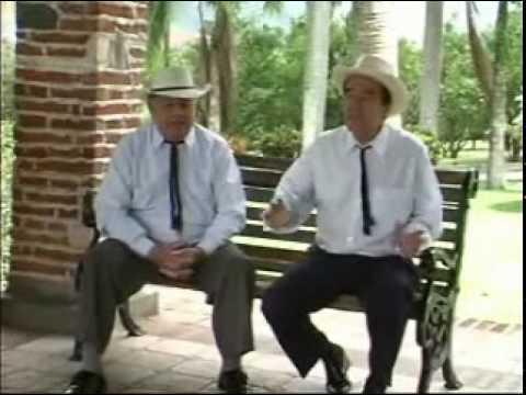 Los Relicarios - Cajon de madera
