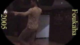 arab guy dancing arabic