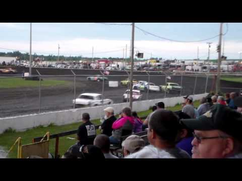 Hobby Stock Amain @ Benton County Speedway 07/03/16